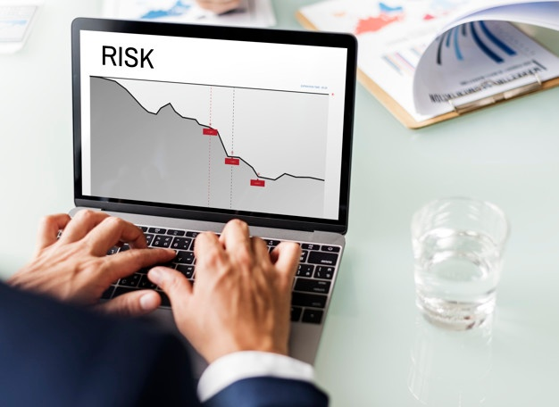 graph-business-financial-risk-risk-word_53876-14479